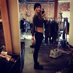 lovely, wanna be thin enough to wear crop tops too #fashion #thinspo
