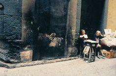INSTALLATION ET IN SITU (suite) Ernest Pignon Ernest 2010 / Travail in situ au Musée d'art et d'histoire de Saint-D enis A pa...
