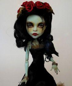 "Ooak Monster High Scarah Screams Art Doll Custom Repaint ""Penelope""by Lisa #DollswithClothingAccessories"