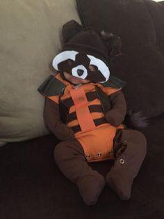 Baby Rocket Raccoon! #guardiansofthegalaxy  via https://twitter.com/skottieyoung/status/528352082718248960