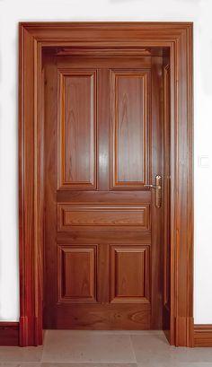 Puertas clásicas de madera - Drzwi drewniane wewnętrzne i zewnętrzne - Giersze . Puertas clásicas de madera - Drzwi drewniane wewnętrzne i zewnętrzne - Gierszewski Casa de diseño de puerta principal de madera ideas House Main Door Design, Flush Door Design, Single Door Design, Wooden Front Door Design, Home Door Design, Double Door Design, Bedroom Door Design, Wooden Front Doors, Door Design Interior