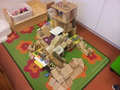 Materialen in de bouwhoek van juf Henrike