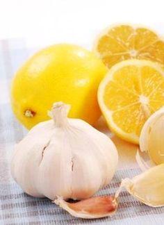 """Elixirul """"INIMII"""" – suc de lămâie cu usturoi"""