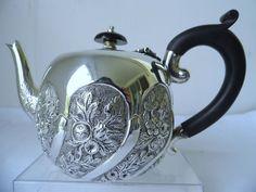 1982 Victorian Sterling Silver Tea Pot
