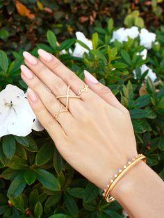 Spring is right around the corner! #nialaya #gold #jewelry