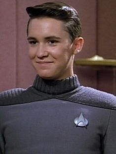 Wesley is so cute!!!!! Wesley Crusher, Wil Wheaton, Star Trek Characters, River Phoenix, Sci Fi Tv, Starship Enterprise, The Final Frontier, Bff Goals, I Don T Know
