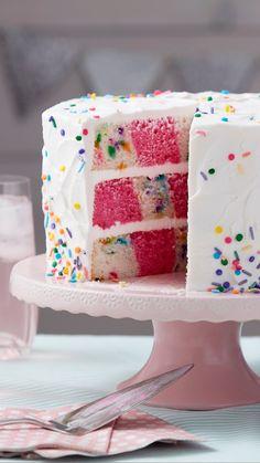 Cupcakes, Cupcake Cakes, Cake Pink, Checkerboard Cake, Wilton Cake Decorating, Decorating Tips, Raspberry Smoothie, Wilton Cakes, Fondant Cakes