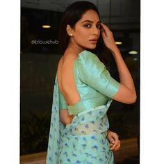 Actress Sobhita Dhulipala Stills From Goodachari Pre Release Event - Social News XYZ Saree Jacket Designs, Cotton Saree Blouse Designs, Saree Blouse Patterns, Fancy Blouse Designs, Lehenga Designs, Sari Bluse, Saree Jackets, Stylish Blouse Design, Indian Suits