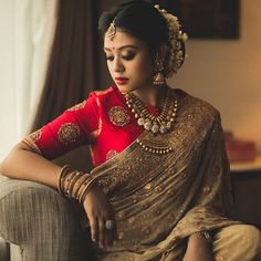 Exclusive Saree Blouse designs for every South Indian Bride!- Eventila - Exclusive Saree Blouse designs for every South Indian Bride! Engagement Dress For Bride, Engagement Saree, Indian Engagement, Kerala Bride, Bengali Bride, South Indian Bride, Marathi Bride, Indian Groom, South Indian Blouse Designs