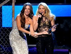 Credit: John Shearer/WireImage.com    Bridget Jones: Bag Lady?Bump on the Move  		   	    Bridget Jones: Bag Lady?  Bump on the Move  .   	 	  .	 	 ..	      Lovely Latinas Sofia Vergara and Shakira spoke onstage during the 12th Annual Latin Grammy Awards in Las Vegas Thursday .