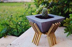 Portamacetero ideal para nuestras macetas de concreto. @retroricainteriorismo