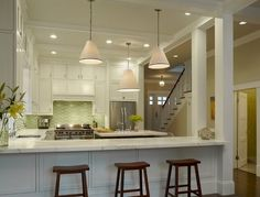 Traditional Kitchen Peninsula +raised Ranch Kitchen Design Ideas, Pictures, Remodel and Decor Kitchen Pass, New Kitchen, Kitchen Decor, Awesome Kitchen, Ranch Kitchen, Green Kitchen, Kitchen Ideas, Beautiful Kitchen, Beautiful Space