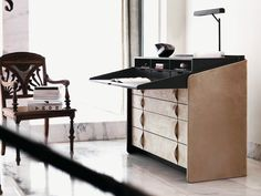 Secretary desk / chest of drawers Gentleman Collection by Flou | design Carlo Colombo