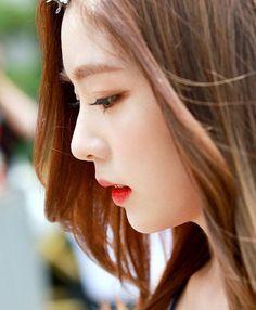 WEBSTA @ redvelvet_smentown - 16.06.17 Red Velvet's IRENE arrival @ KBS Building for Music Bank#ParkBoGum #Irene