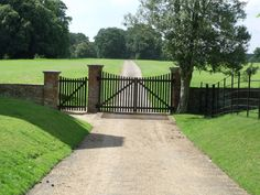 Houghton Hall - West Front - gate This is Houghton Hall from the West Front. Houghton Hall was the home of Sir Robert Walpole, Britain's first Prime Minister from 1721 to Houghton was built between 1722 and Image by by ell brown Wrought Iron Driveway Gates, Front Gates, Entrance Gates, Farm Entrance, Driveway Entrance, Farm Gate, Fence Gate, Barn House Conversion, Ranch Fencing
