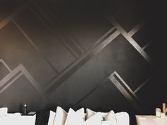 luxury home accents How To Paint A Matte/Gloss Accent Wall Kayla Simone Home Black Painted Walls, Black Walls, Painted Accent Walls, Striped Accent Walls, Chevron Walls, Bedroom Paint Design, Diy Wand, Bathroom Accent Wall, Paint Bathroom