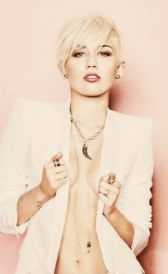 Miley Cirus. Love this look.
