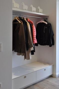 Flur ♡ Wohnklamotte Cloakroom furniture for corridors and entrance areas made to measure # cloakroom Wardrobe Furniture, Diy Wardrobe, Diy Furniture, Furniture Design, Made To Measure Wardrobes, House Entrance, Corridor, Mudroom, Dorm Room