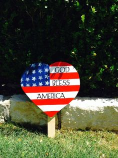 Patriotic God Bless America Heart yard sign by tbacrafts on Etsy, $20.00