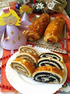 Bejgli (beigli) mákos, és diós Fall Recipes, Sweet Recipes, Hungarian Desserts, Sweet Bread, Winter Food, No Bake Desserts, Hot Dog Buns, Nutella, Food Porn