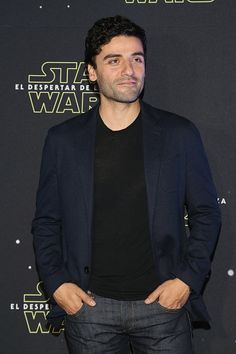 Oscar Isaac at the Star Wars The Force Awakens premiere in Mexico City on December 8, 2015