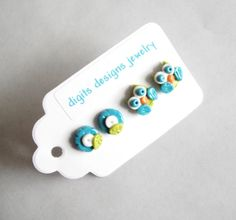 Earring Tiny Owls handmade polymer clay button par digitsdesigns