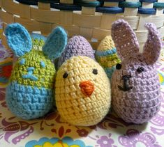 Egg bunnies - crochet free pattern