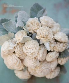 Dusty Miller and Balsa Wood = Ultimate winter bouquet. Love JL Designs