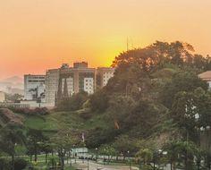 Porque eu amo o pôr do sol ❤🌄 #centrorj #largodacarioca #riodejaneiro #photography #photo #fotografia #sol #pordosol