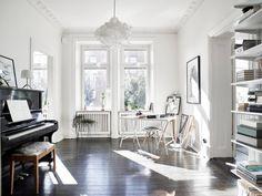 Scandinavisch wonen op 80 vierkante meter mèt walk-in closet