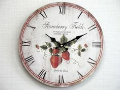 アンティーク調イチゴ柄時計:Antique style wall clock
