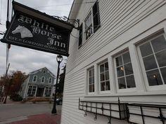 White Horse Inn, Michigan