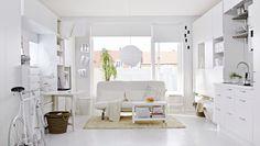 Estúdio com cozinha, quarto, sala e espaço de refeição