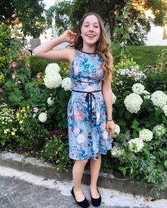 This post will be something different and hopefully not as long, but if I can't stop writing, that's the way it is. We will see… However, all fashionistas shou Summer Wedding, What To Wear, About Me Blog, Posts, Writing, Dresses, Fashion, Fashion Styles, Vestidos