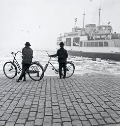 Ismo Hölttö :: Two Boys and The Suomenlinna Ferry, Black And White People, Black And White Pictures, Ray Bradbury, History Of Finland, Teak Rocking Chair, Finnish Language, Gallery Website, Monochrome Photography, Bw Photography