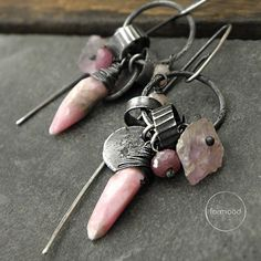 Earrings are totally made of oxydized silver 925,rhodochrosite, pink opal, kunzite and ruby. Dimensions: Earrings total length: 5,7cm (2,25 inches) Stones: 4 - 18 mm (0.16 - 0.7 inches) Silver elements: 6 - 10 mm (0.24 - 0.39 inches) Single earrings weight: 5 g Ready to ship We pack all the items in corporate boxes (visible in some offers). We ship all the consignments as priority registered consignments in well protected cartons. Thank you for visiting