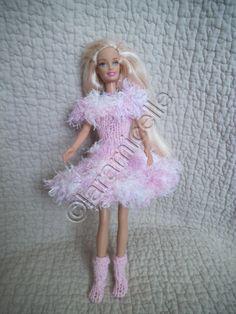 Barbie Toys, Barbie And Ken, Diy Doll, Doll Clothes, Harajuku, Dressing, Dolls, Knitting, Blog
