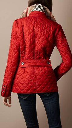 #Inspiration C L A S S Y In The City.  Fab jacket, although I still love my navy quilted Ralph Lauren.