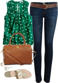 Green polka dot top, jeans, brown/tan accessories. Love the shirt.