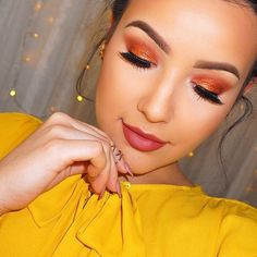 We are loving this beautiful warm copper look created by the lovely Amanda Ensing using Makeup Geek's Flame Thrower foiled eyeshadow along with Country Girl eyeshadow.