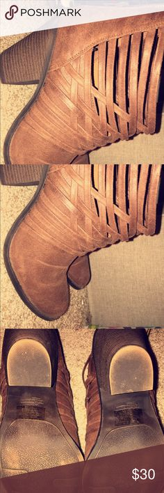 Fergalicious ankle boots ! Fergalicious boots ! Size 10 , worn ONCE , inside and didn't like them ! EUC !!!! Fergalicious Shoes Ankle Boots & Booties