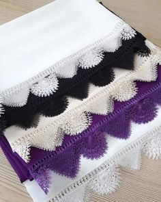 Çok Şık 3 Boyutlu Yelek Hırka Kazak Battaniye Kırlent Örgü Modeli Kanjivaram Sarees Silk, Needle Lace, Baby Knitting Patterns, Beautiful Models, Pearl Beads, Three Dimensional, Needlework, Seasons, Blanket