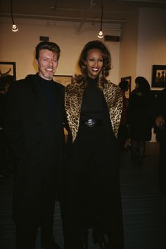 English musician, singer-songwriter, and actor, David Bowie, with his wife, Somali fashion model, actress and entrepreneur, Iman, attend the 'Africa' opening, 1994. (Photo by Rose Hartman/Archive Photos/Getty Images) via @AOL_Lifestyle Read more: https://www.aol.com/article/entertainment/2017/03/07/iman-shares-photo-of-her-and-david-bowies-rarely-seen-teenage-d/21875296/?a_dgi=aolshare_pinterest#fullscreen