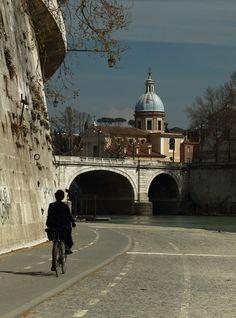 Rome, Italy (Church of San Rocco in background) Copyright: Romano Lattanzi