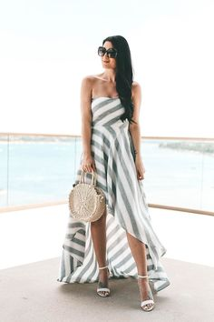 DTKAustin shares an affordable lace up maxi dress perfect for summer. Dress is AKIRA, bag is Clare V, shoes Steve Madden. | summer dresses for women | summer style | summer fashion | summer outfits for women | how to style a lace up dress || Dressed to Kill #fashion #style #womensoutfit #laceupdress #summerdress #summerfashion #summerstyle #dtkaustin