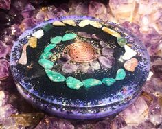 An orgone charging plate for cleansing your water, crystals, food, hands, plants, intentions and energy centers! Orgonite plates are powerful