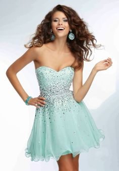 Looking for stylish homecoming formal dresses  If you re on a budget and  looking for a cheap dress for homecoming that is beautiful and sexy 96bb47f2966b