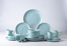 Pangu Porcelain Dinnerware Sets, MINIMALISM, Handmade Irregular Shape Look, Service for 4 piece, Light green) Green Dinnerware, Porcelain Dinnerware, Dinnerware Sets, Dining Ware, Kitchen Dining, Green Kitchen, Blue Dishes, Stylish Home Decor, Dish Sets