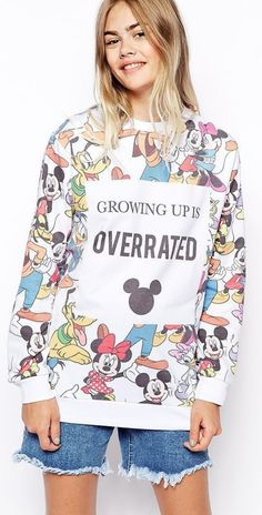 Ultimate Gift Guide For a Disney-Obsessed Fashion Girl 28 cool-girl gifts that prove your love for Mickey Mouse on his cool-girl gifts that prove your love for Mickey Mouse on his birthday! Disney Inspired Outfits, Disney Outfits, Disney Style, Disney Clothes, Estilo Disney, Girl Fashion, Disney Fashion, Punk Fashion, Lolita Fashion