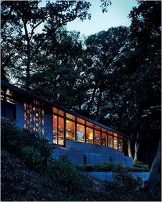 The Marden House designed by Frank Lloyd Wright in 1952. Discover it clicking on the picture.